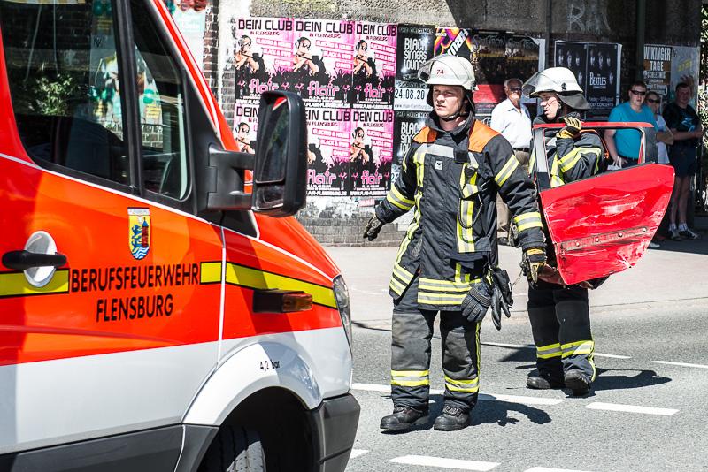 4 Verletzte bei schwerem Unfall in Flensburg | BOS-Inside