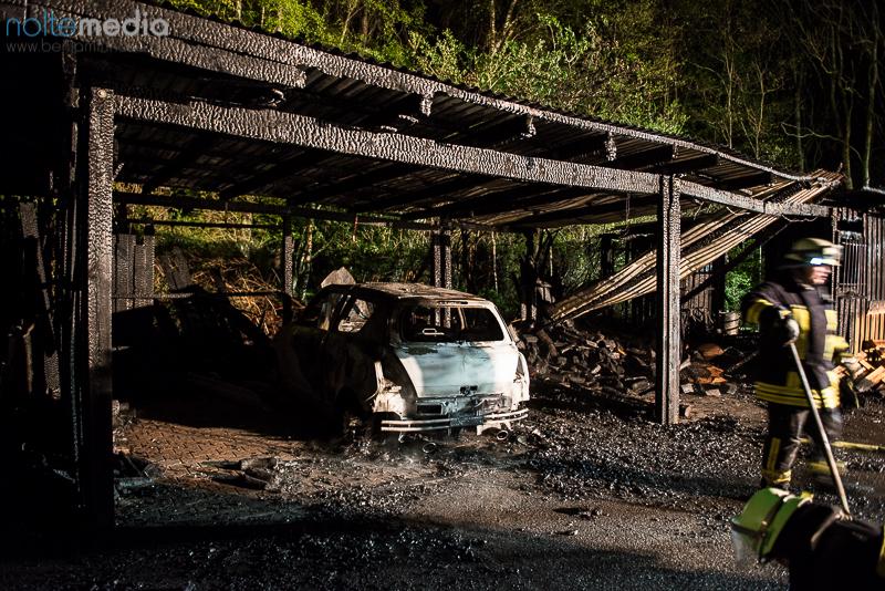 Auto und carports in vollbrand bos inside for Carport flensburg