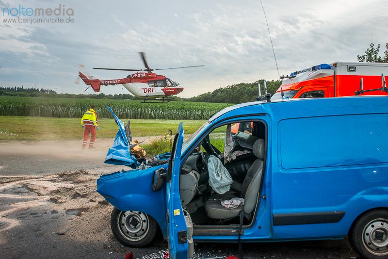 Schwerer Unfall auf B199 - © Benjamin Nolte / www.bos-inside.de