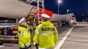 LKW Kontrolle der Polizei auf der A7 - Foto: Benjamin Nolte / www.bos-inside.de