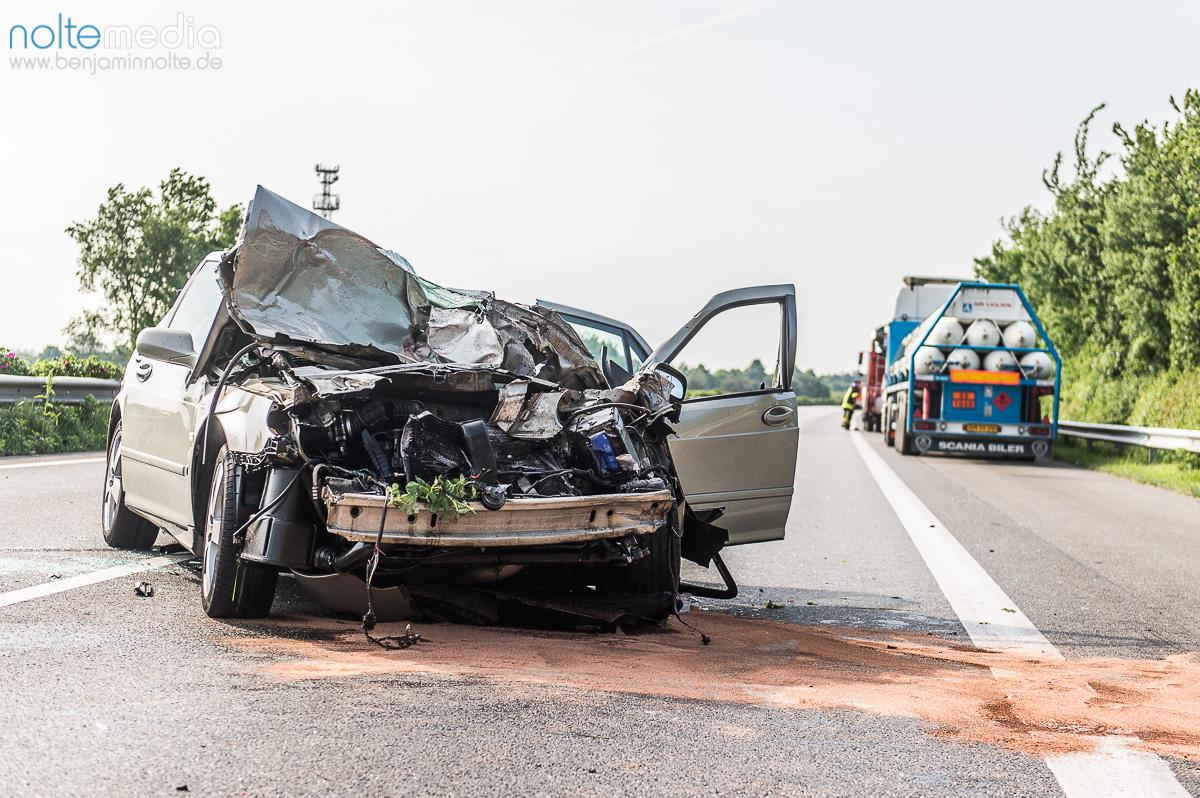 Unfall auf der A7 – 4 Verletzte und Vollsperrung – Probleme bei der ...