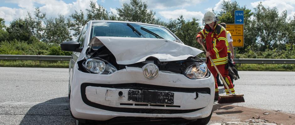 Unfall auf der B200 - Foto: Benjamin Nolte